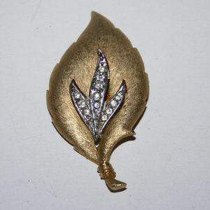 Vintage JJ gold silver rhinestone leaf brooch
